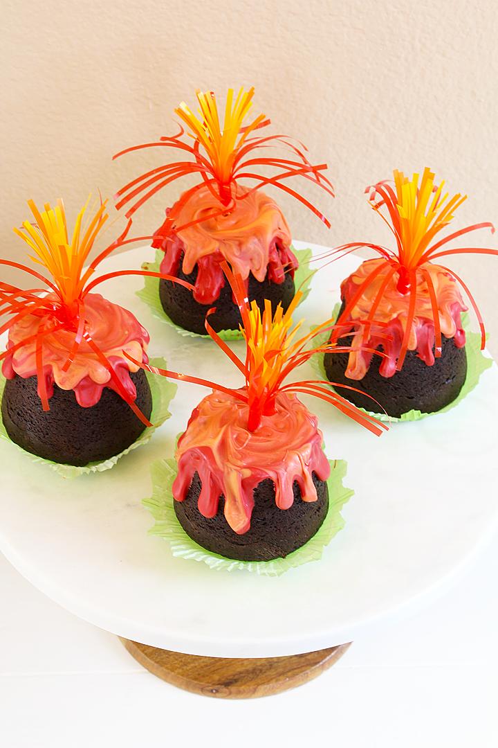 Easy Erupting Volcano Cupcakes Recipe Luau Party
