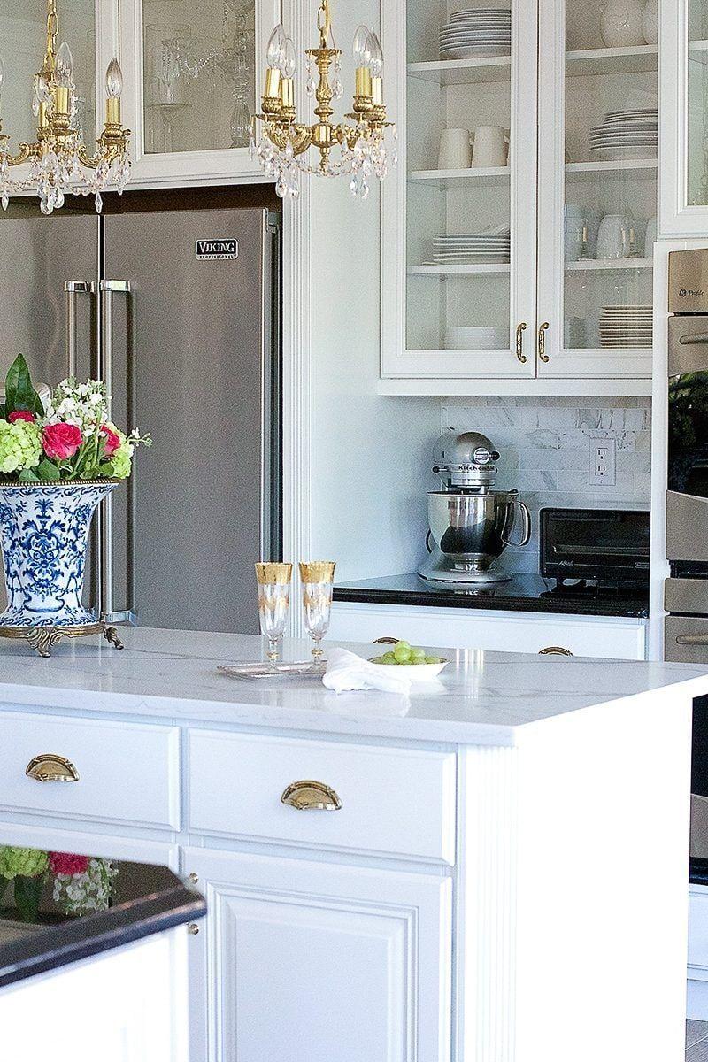 A Dramatic Kitchen Renovation Without Removing Cabinets Shabby Chic Kitchen Budget Kitchen Remodel Kitchen Renovation