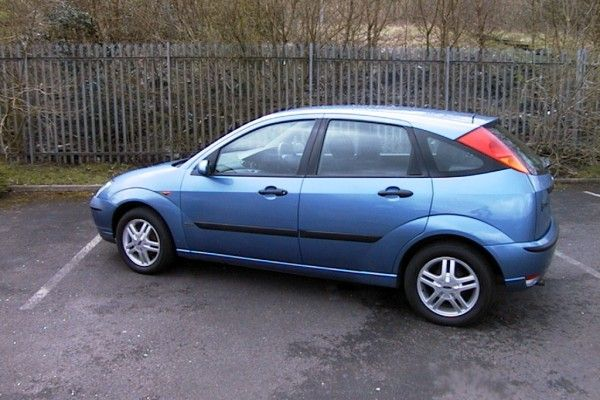 Used Ford Focus Hatchback 1998 2001 1 6 Zetec 5dr Ford Focus
