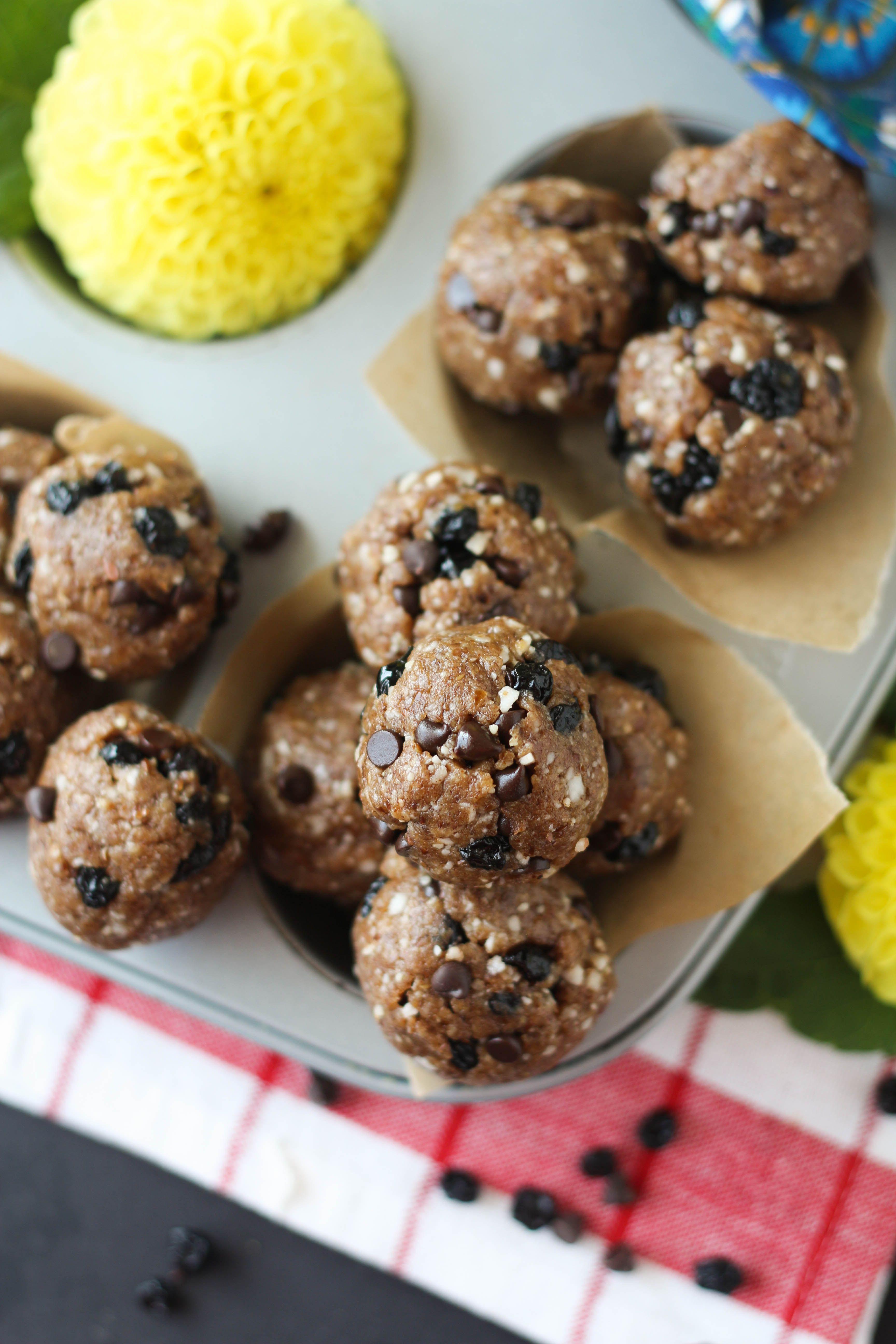 Blueberry Chocolate Chip Muffin Energy Balls Recipe