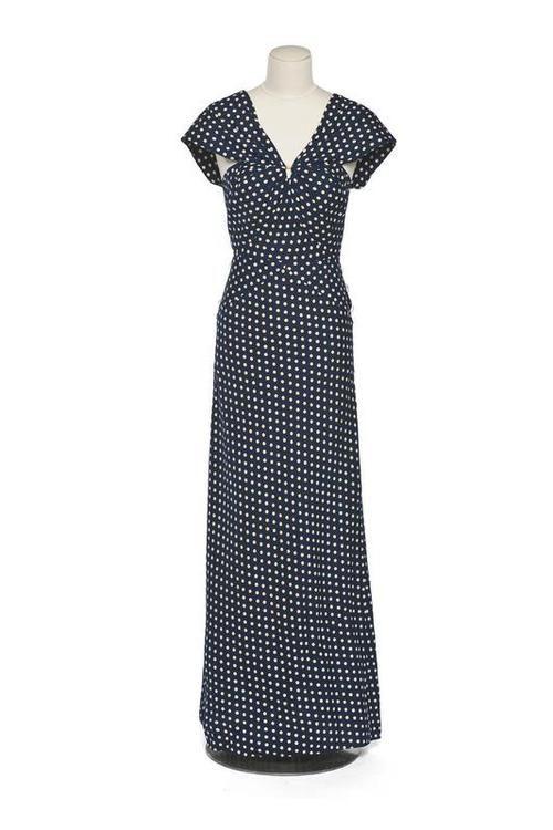 Dress    Madeleine Vionnet, 1930-1935    Les Arts Décoratifs