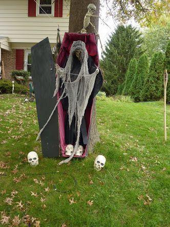 Image result for halloween yard decoration ideas Halloween - halloween outside decoration ideas