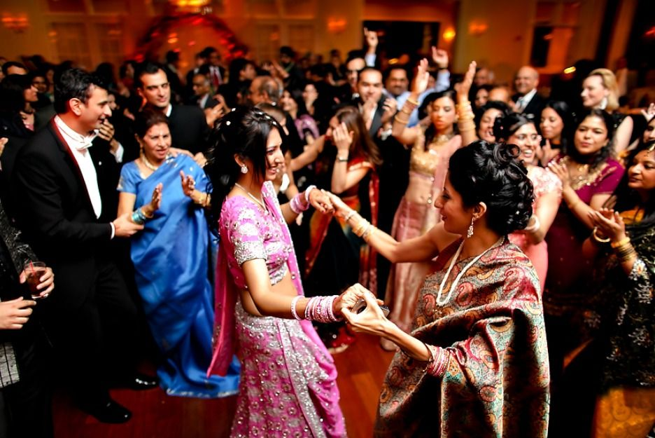 Ceremony Songs For Wedding Party: Ideas On Wedding Songs For Sangeet Ceremony