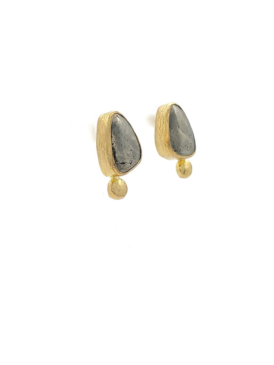 Aqua Chalcedony Hammered Design Stud Earrings Gold Plated Brass Fashion Jewelry