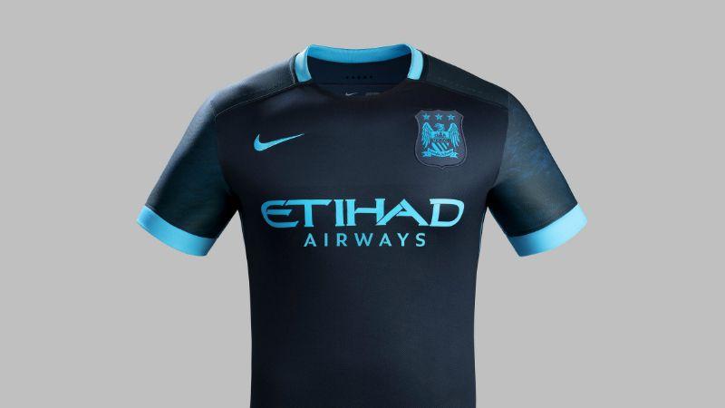 Galeria A Camisa Do Manchester City Inspirada Na Lua é Muito Mais Bonita Do Que Imaginávamos Manchester City Camisa Camisas De Futebol