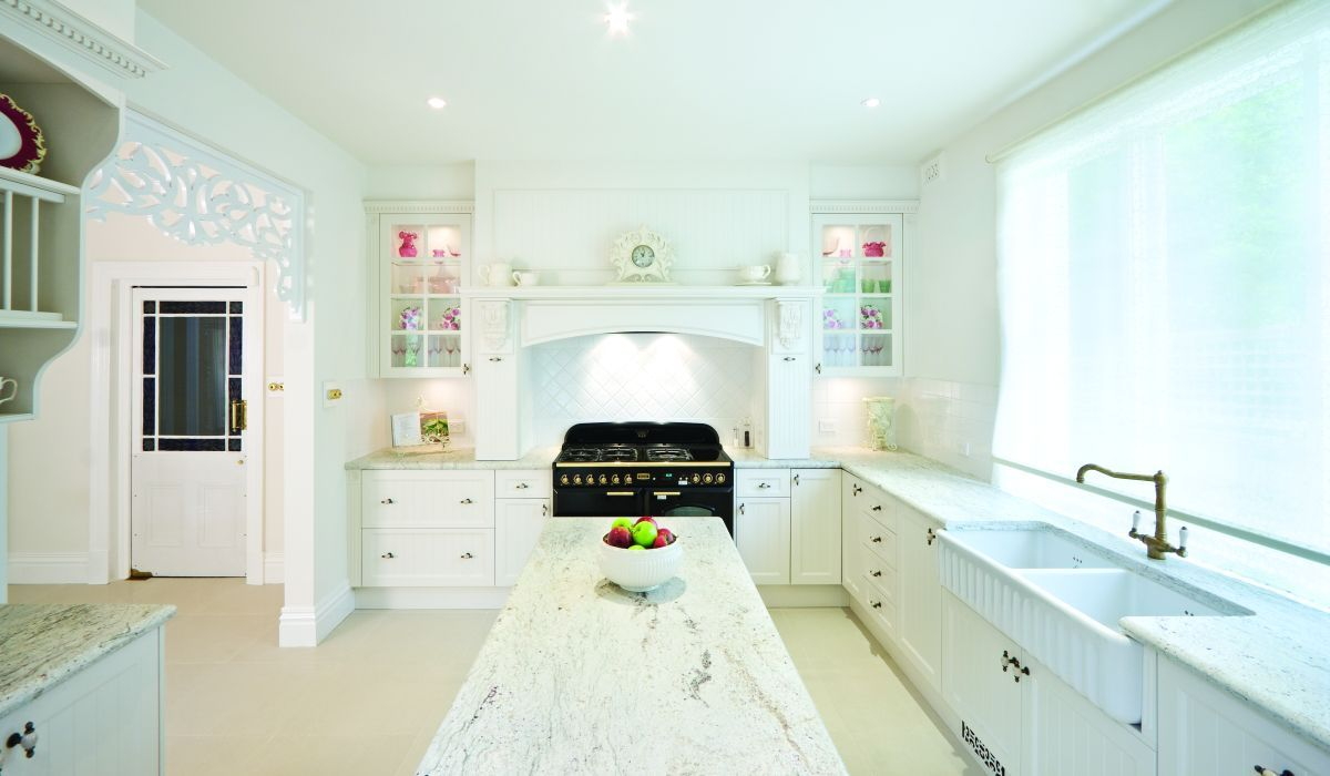 canterbury_country_kitchen_pic01.jpg (1200×700)   For the Home ...