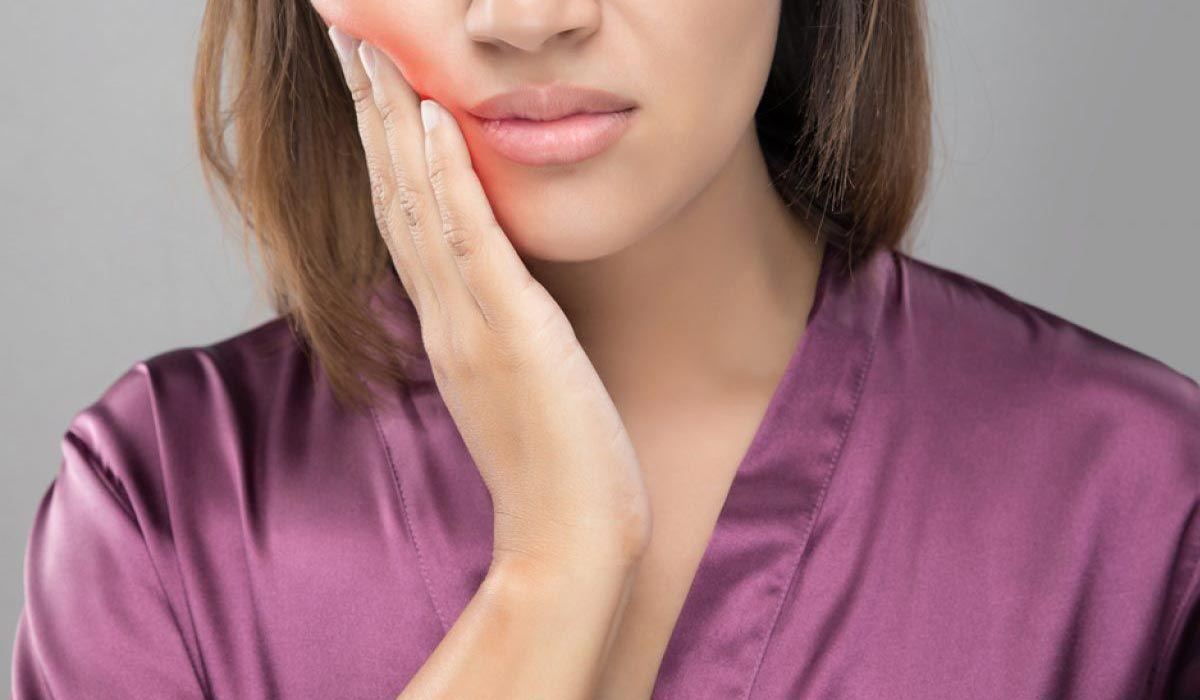 كيف أعالج خراج الضرس Tooth Extraction Care Tooth Extraction Tooth Extraction Healing