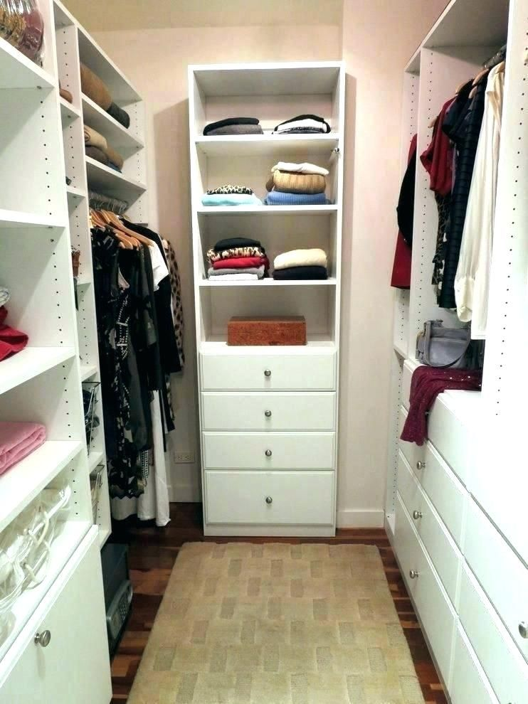 20 Awesome Small Walk In Closet Storage Ideas Closet Designs