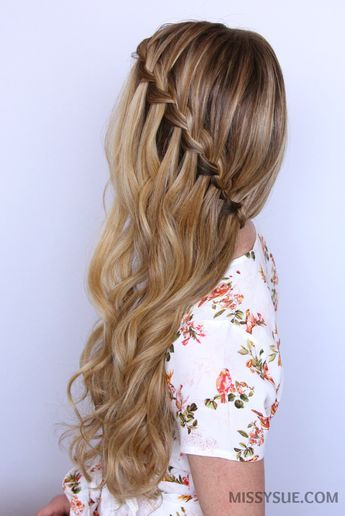Sideswept Waterfall Braid Peinados Pinterest Hair Styles Hair - Peinados-al-lado-con-trenzas
