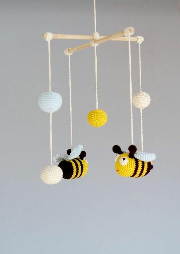 mobile selber basteln kreative bastelideen f r ein tolles babymobile kinderzimmer. Black Bedroom Furniture Sets. Home Design Ideas