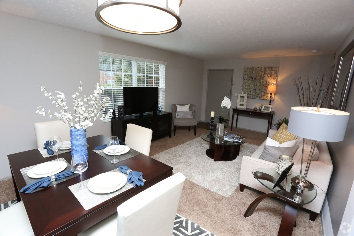 Views At Crescent Hill Apartments Louisville Ky Apartments Com Home Decor Apartment Home