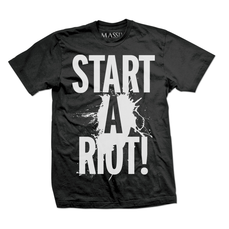 START A RIOT! X WE ARE MASSIV., MENS GRAPHIC TEE