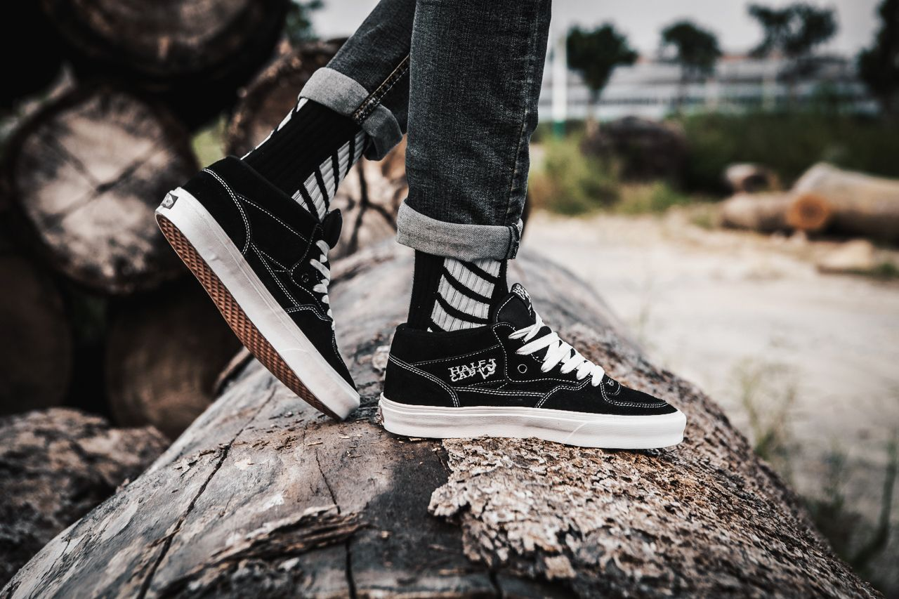 2017 Vans Half Cab Black White ZD-11 High Skate Shoes For Sale  Vans ... 9084ac2ff