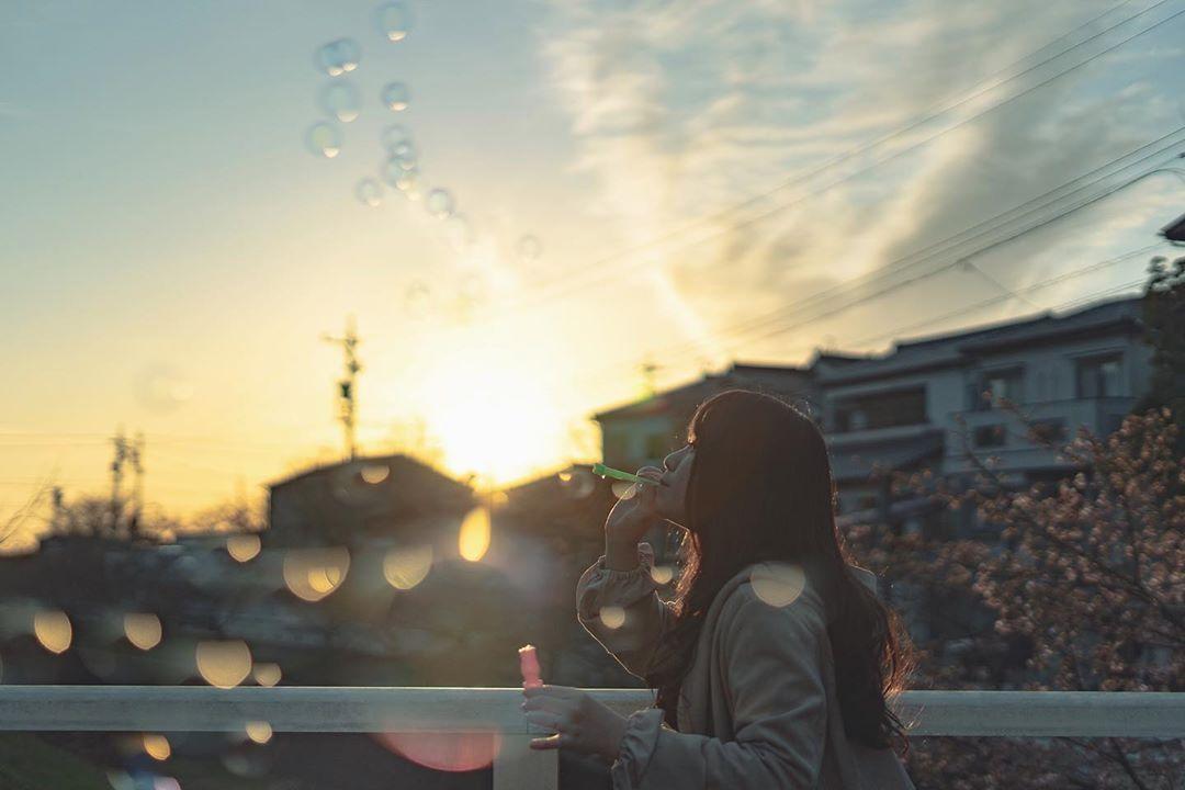 """kana on Instagram: """"* しゃぼん玉 * * * * ーーーーーーーーーーーーーーーー my tag #この世界はイロドリで満ちている ーーーーーーーーーーーーーーーー * * * #儚くて何処か愛おしい様な #毎日が笑顔で溢れてる #私の写真もっと広まれ #その瞬間に物語を…"""""""