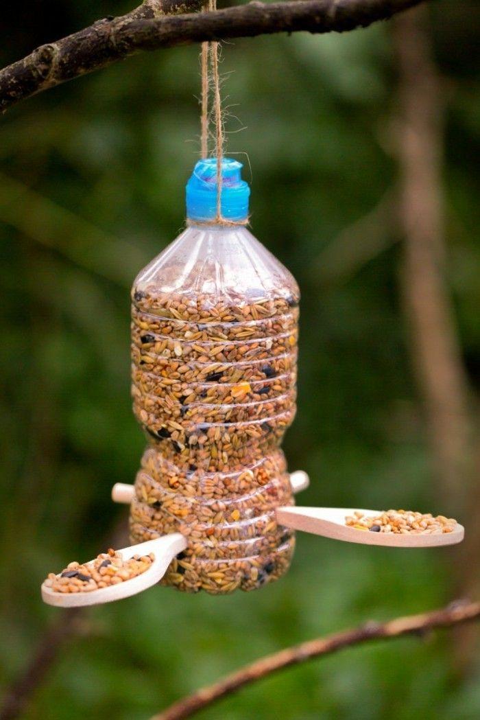 Mangeoire pour oiseaux 60 mod les et id es diy astuces jardin pinterest mangeoire oiseau - Truc et astuce bricolage maison ...