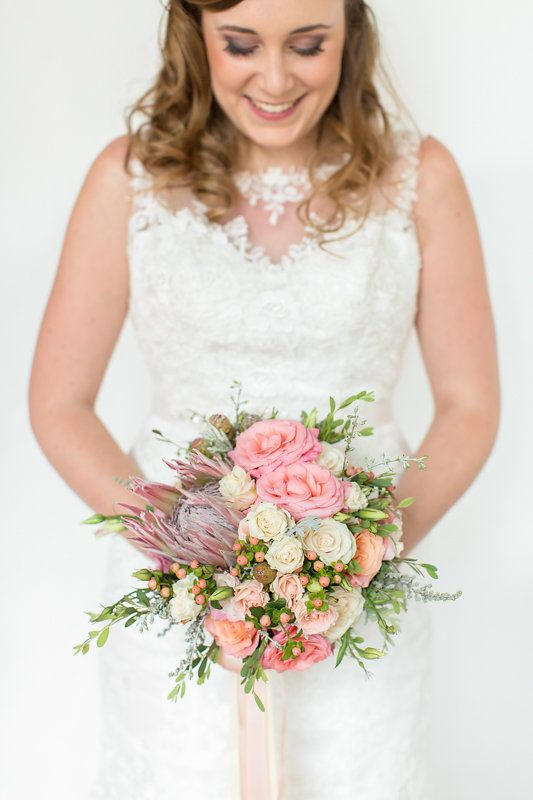 #wedding flowers. See more - http://ohsoprettyplanning.com/cape-town-wedding-planner/galleries/#caterina