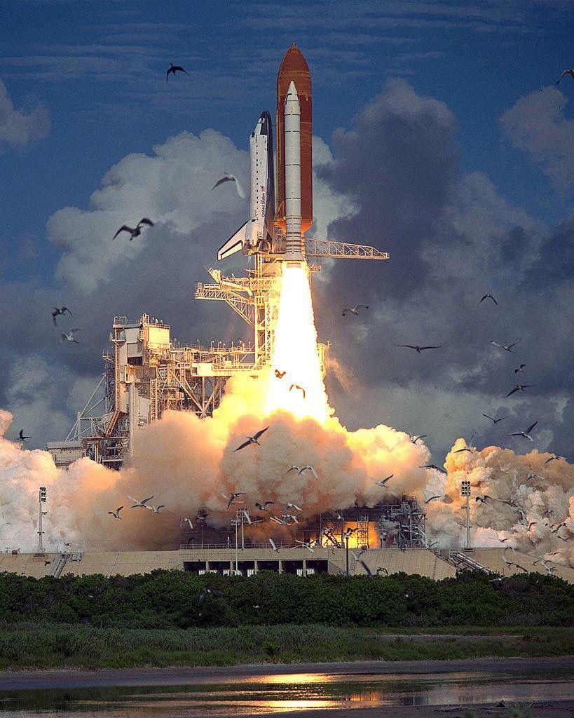 Space Shuttle launch. spaceshuttle nasa Space travel