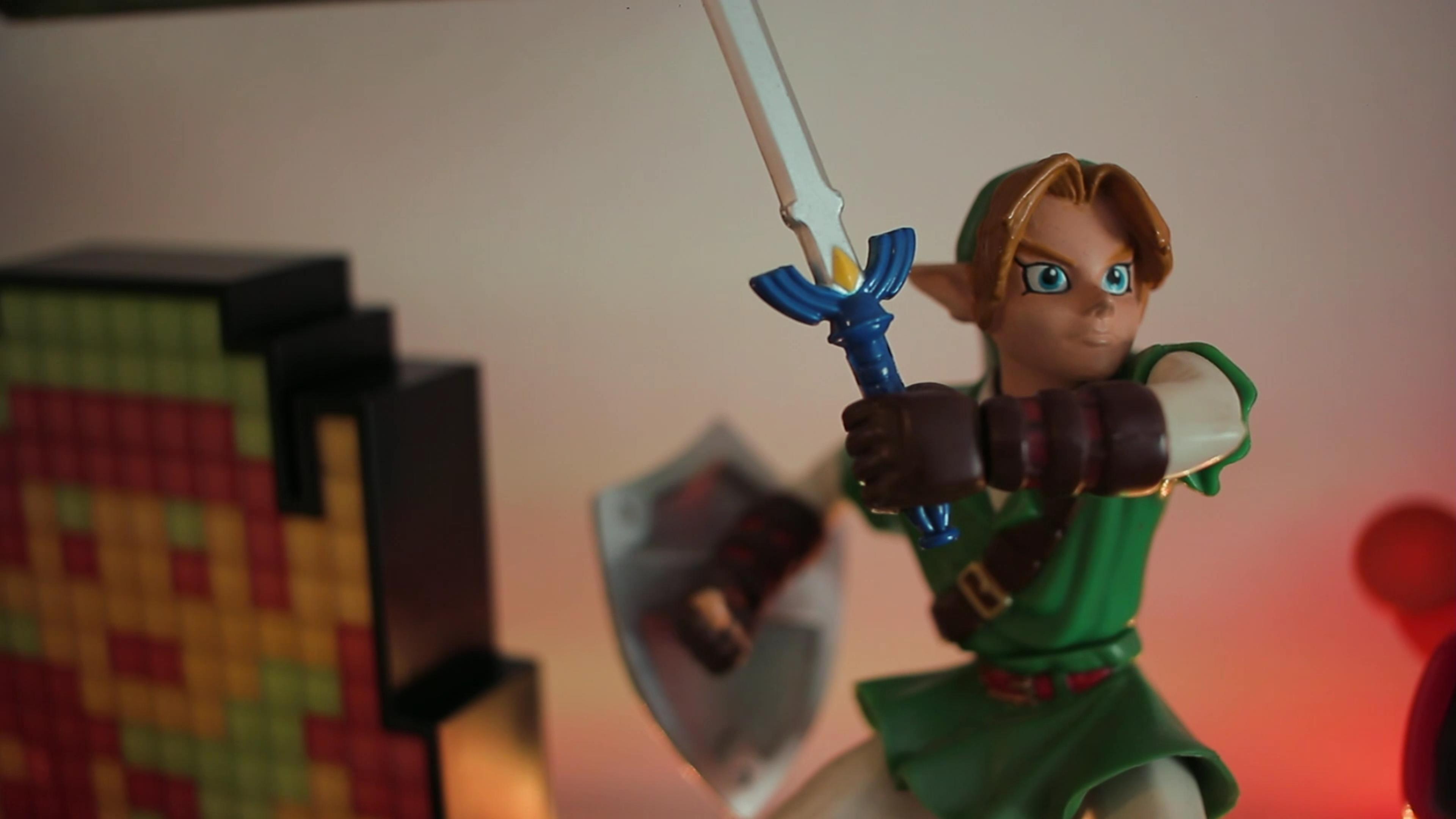 The Legend Of Zelda : Ocarina of time Link - Nintendo Power figure