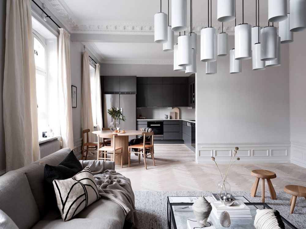 Tour A Refined Stockholm Home With A Serene Vibe And Scandinavian Aesthetic Nordic Design Scandinavian Design Living Room Living Room Scandinavian Scandi Living Room