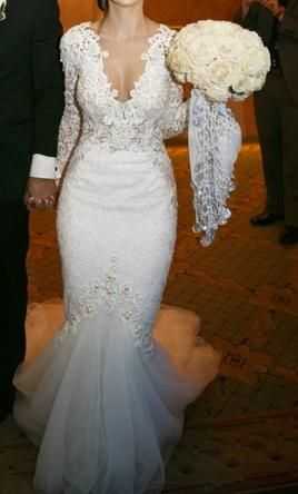 Berta 14 38 2 Buy This Dress For A Fraction Of The Salon Price