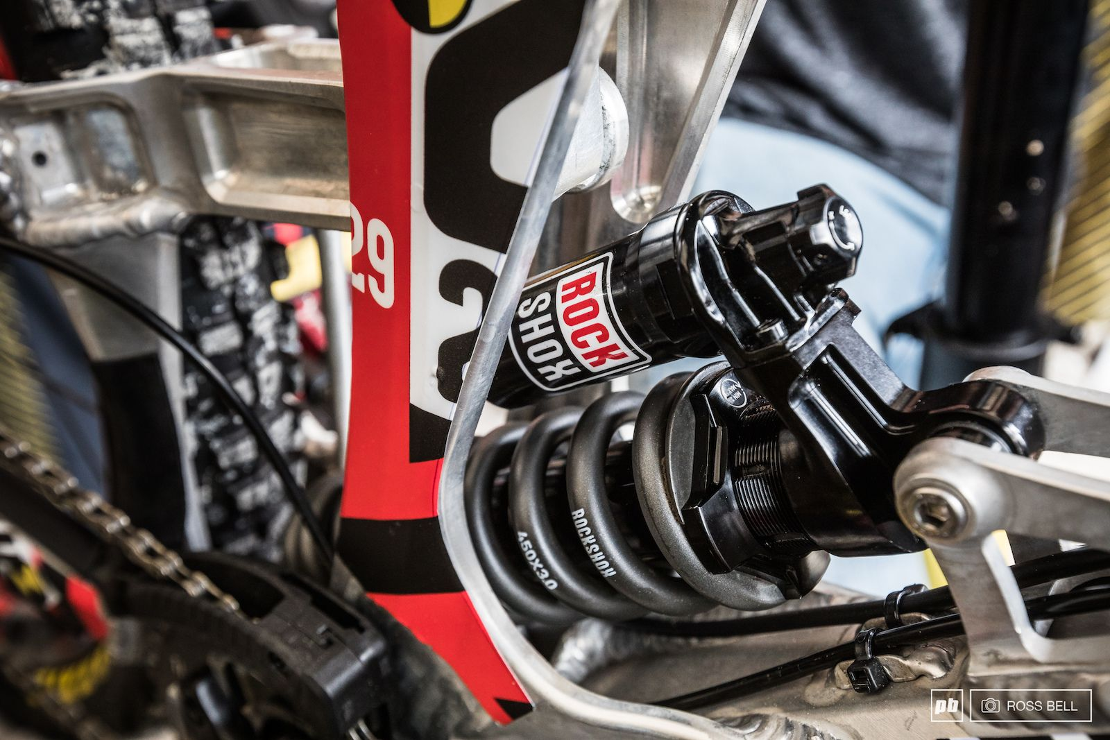 RockShox Super Deluxe Coil World Cup | bici pure lifestyle