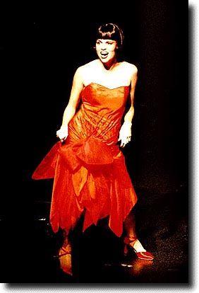 Sutton Foster In Thoroughly Modern Millie Sutton Sutton Foster Amazing Women