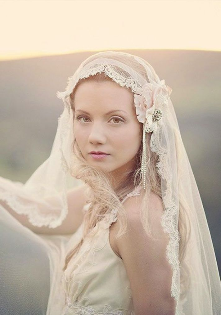Timeless Elegant Juliet Cap Bridal Veils