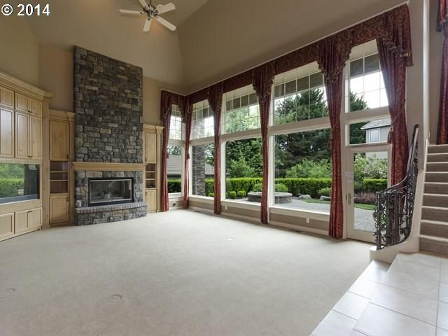 Large sunken family room with beautiful large windows. For a showing Contact Brian Denne @ 503-336-7016 #YourFamilyRealtor