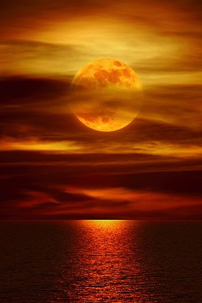 Moonlight reflections on the ocean