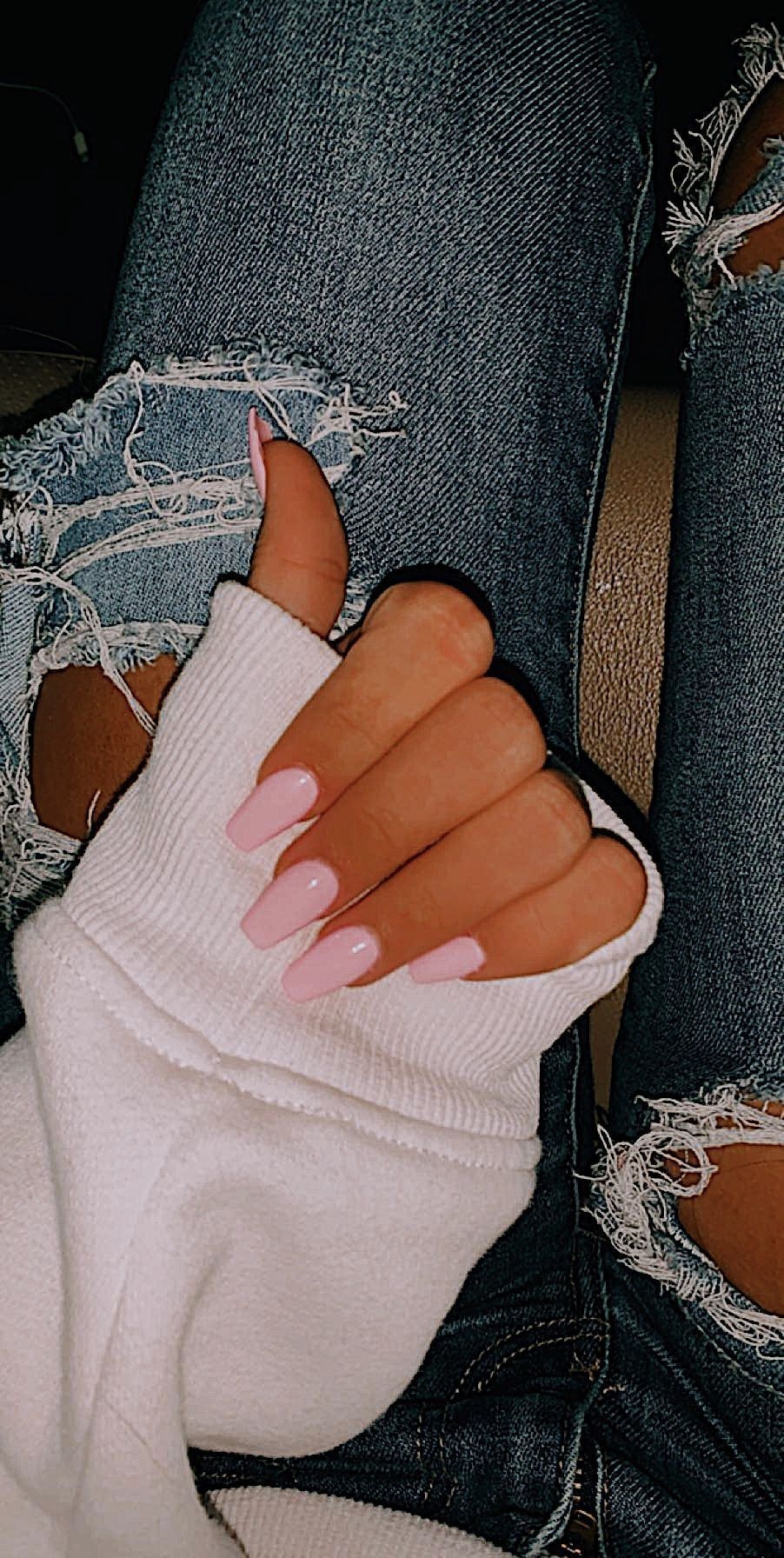 oval summer nails