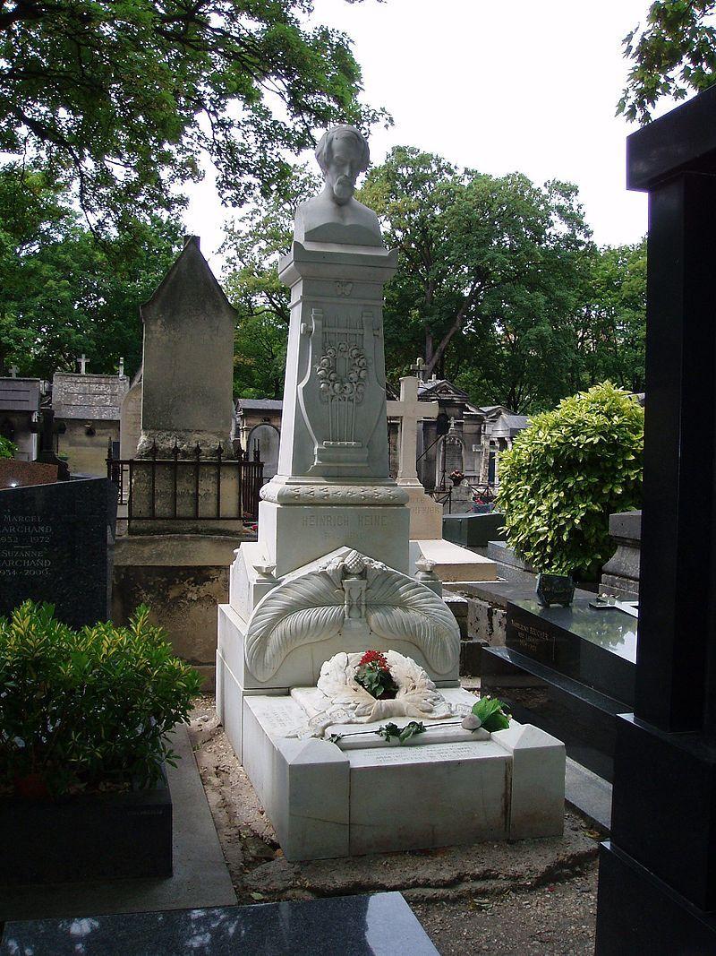 Grab von Heinrich Heine auf dem Cimetière de Montmartre in Paris