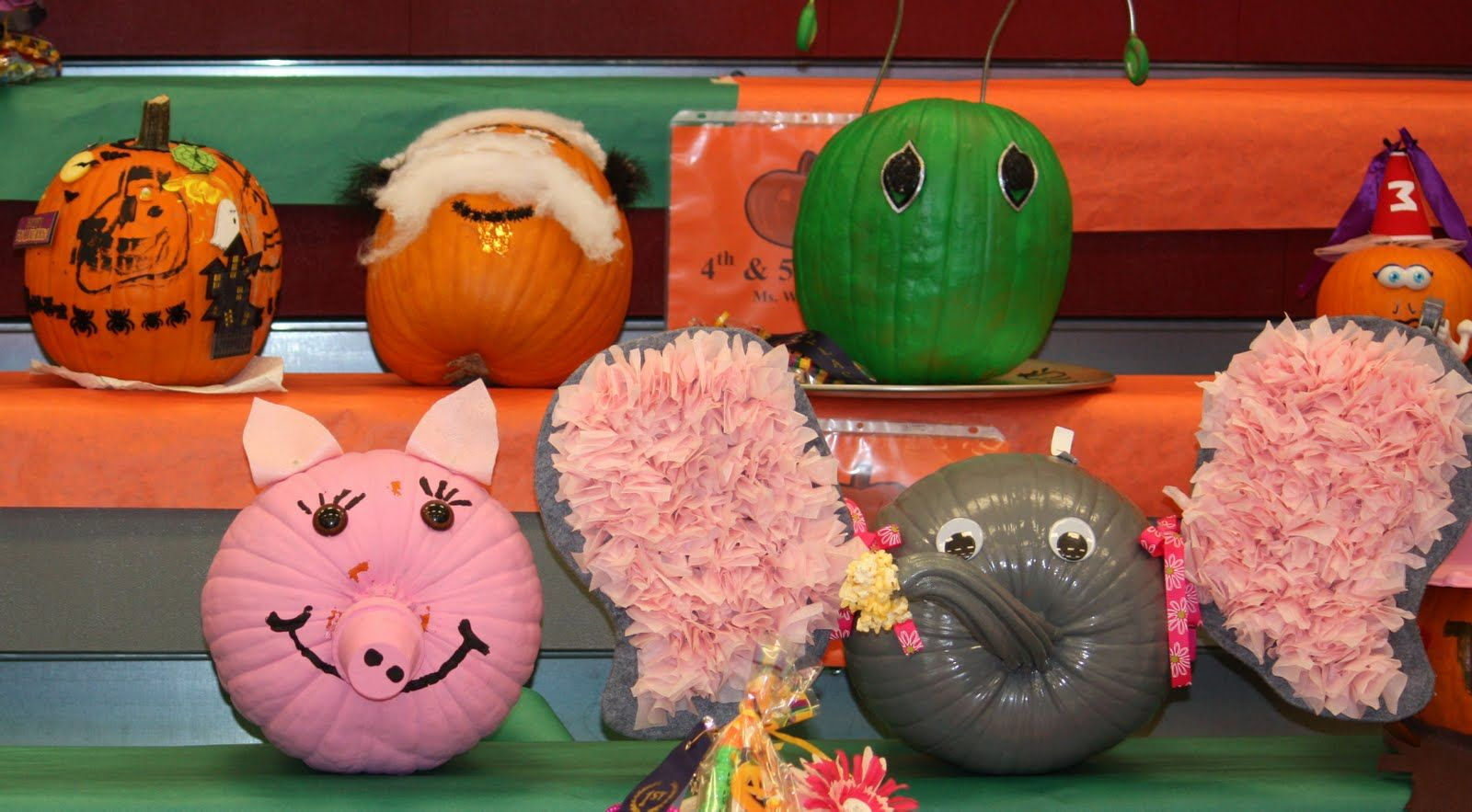 Pig and elephant pumpkin decorated pumpkins pinterest for How to carve an elephant on a pumpkin