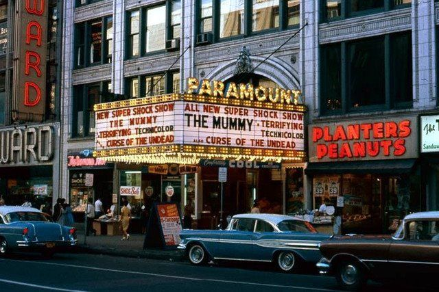 1950's, downtown Syracuse. My hometown. Thanks for this ...