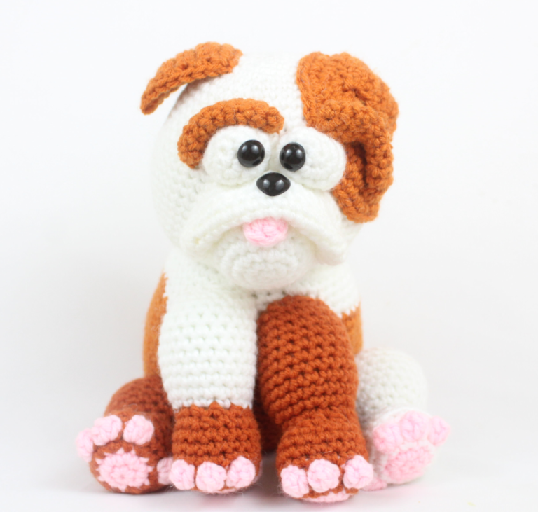 Cartoon Bulldog Amigurumi - Free Crochet Pattern - StringyDingDing