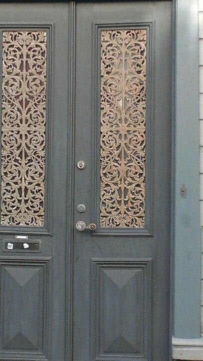 Best A Really Old Door With Gorgeous Detail In A Small Town 400 x 300