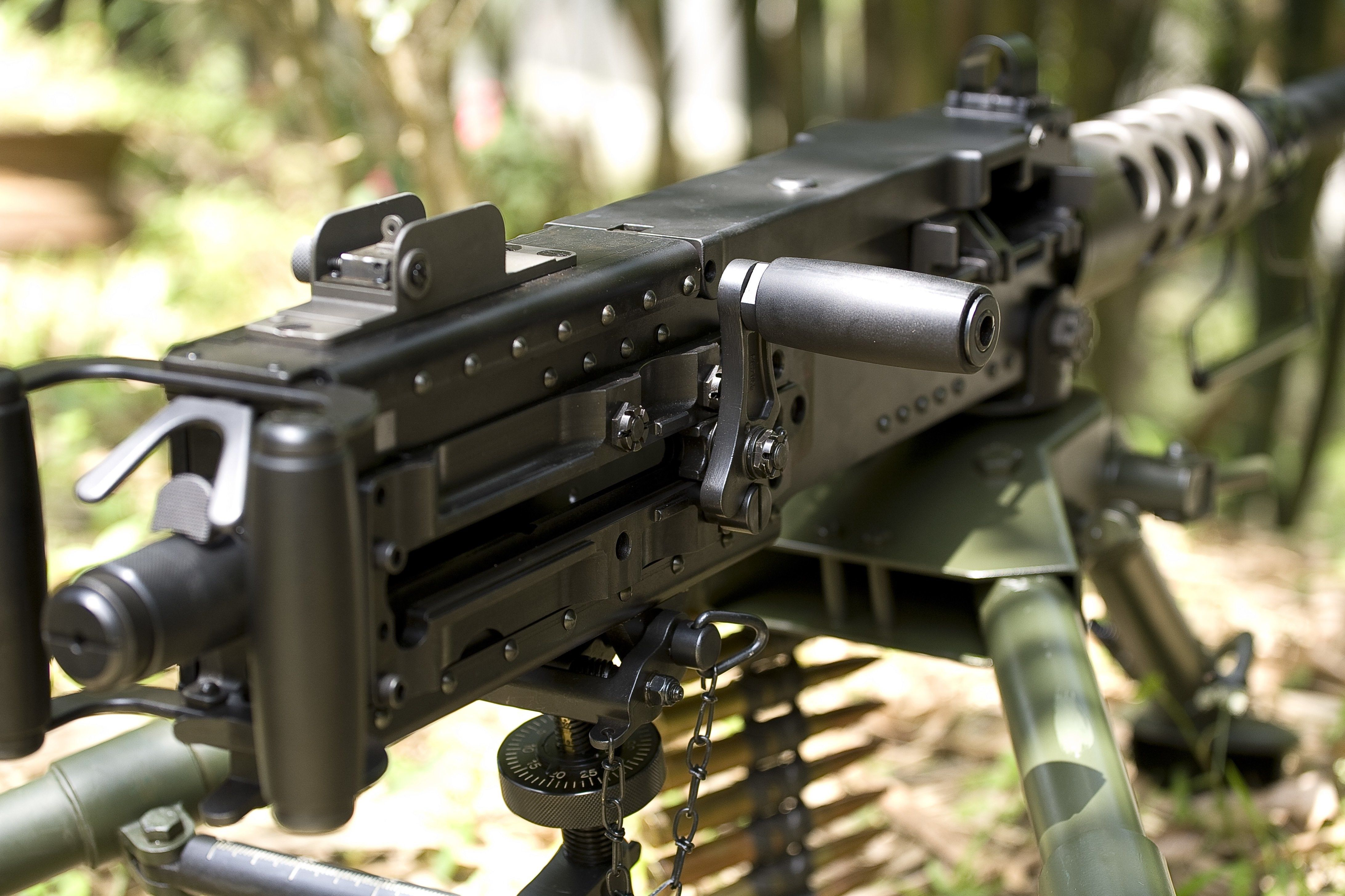 4k Machine Gun 4368x2912