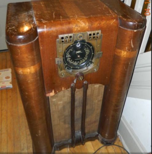 Antique 1938 39 Zenith 9 S 365 Console Radio As Is For Parts Repair Antique Radio Vintage Radio Old Radios