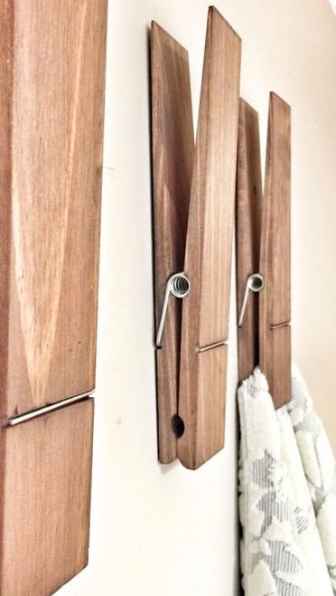 10 Creative And Popular Wall Hook Designs