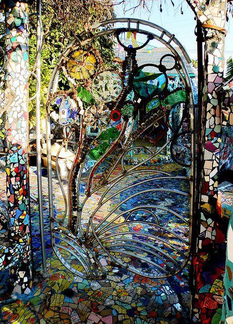 Mosaic House Gate Mosaic, Garden gates, Gate