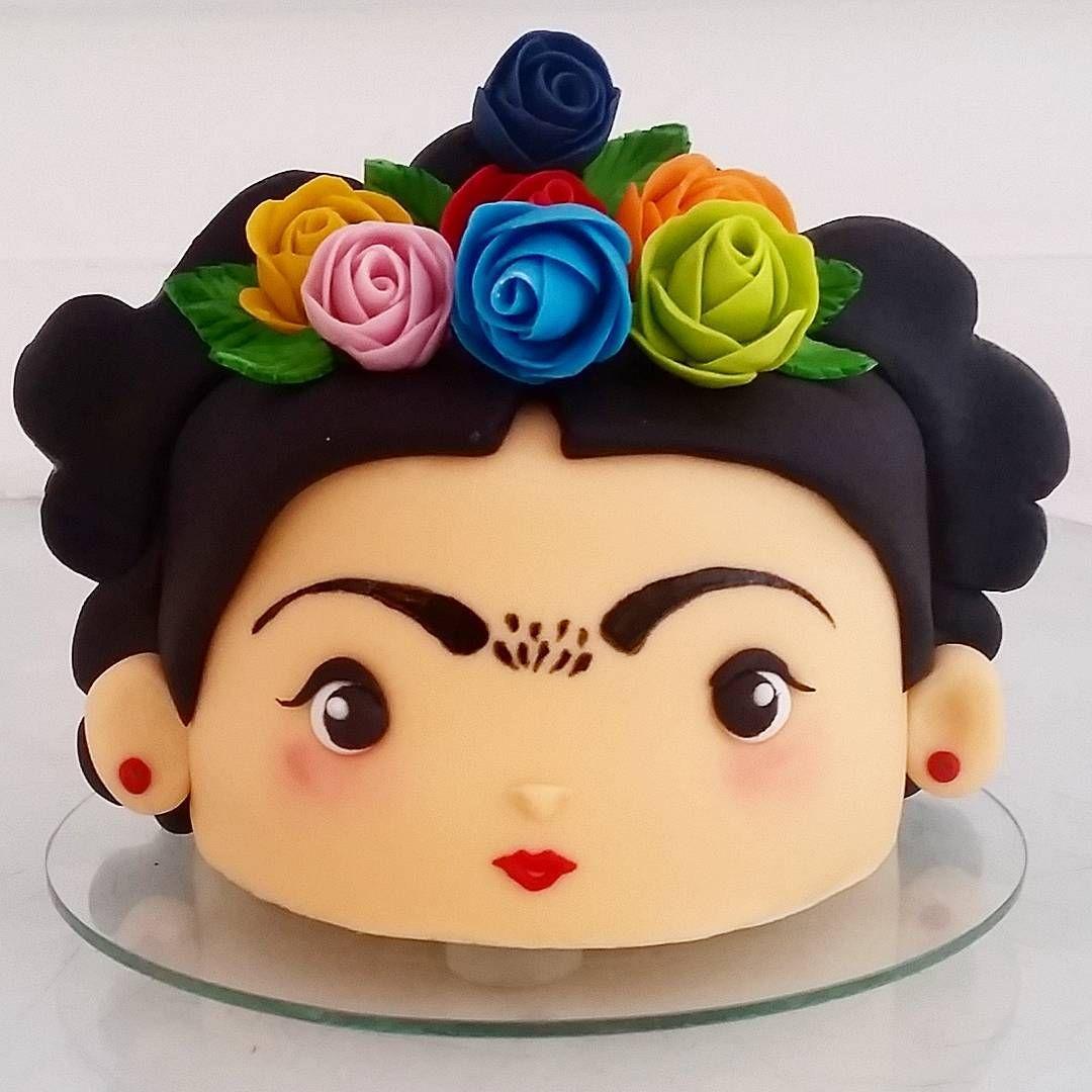 Bom Bocado Bolos Finos (@adrianabombocado) op Instagram: 'Mini torta da Frida !!! Não  pensei que fosse ficar tão  legal ! Para 5 meses da pequena Nina❤…'