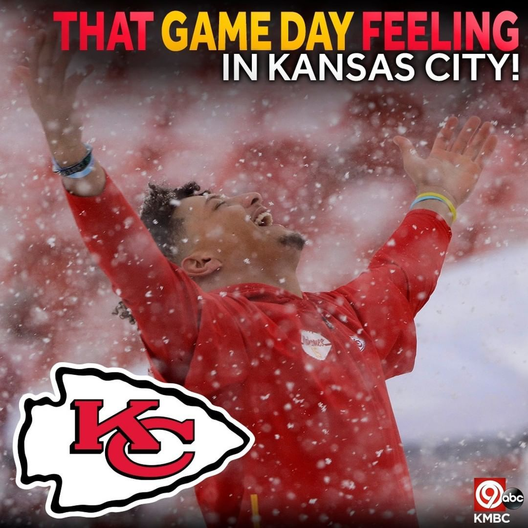 Kmbc 9 On Instagram Let S Hear It For Your Chieffffsssss It S Game Time In A Snowy Kansas City Kansas City Chiefs Football Kc Chiefs Football Kansas City