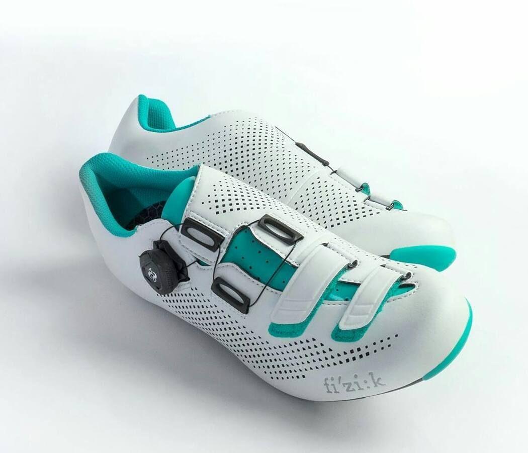 The R4B Donna. Sensational.  #velokicks I #cyclingshoes I #newshoesday I #cycling   #fizik   #fizikshoes by velokicks