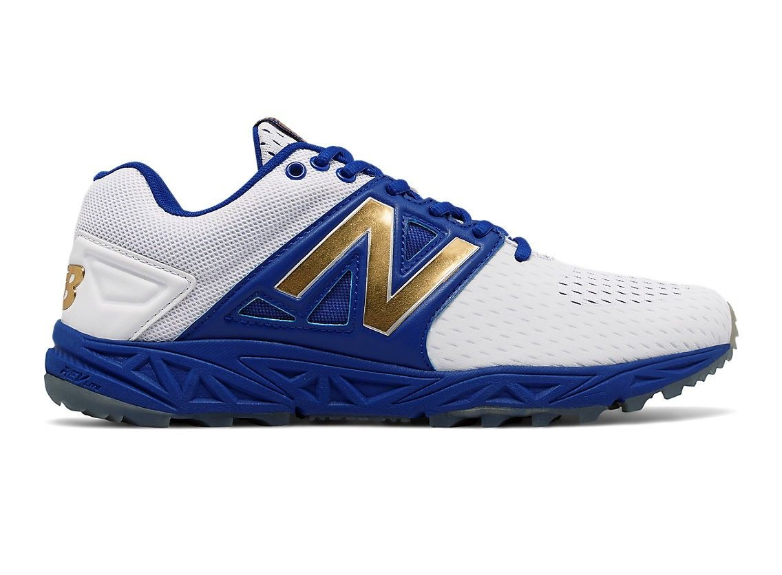 Explore Turf Shoes, New Balance Men, and more! NEW BALANCE Turf 3000v3  Playoff Pack.