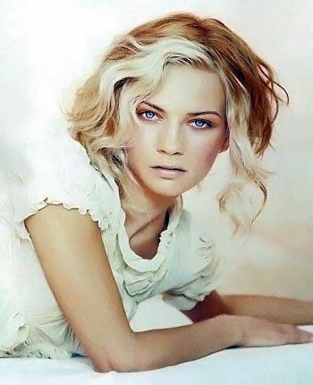 medium blonde hair style image 12  medium blonde hair