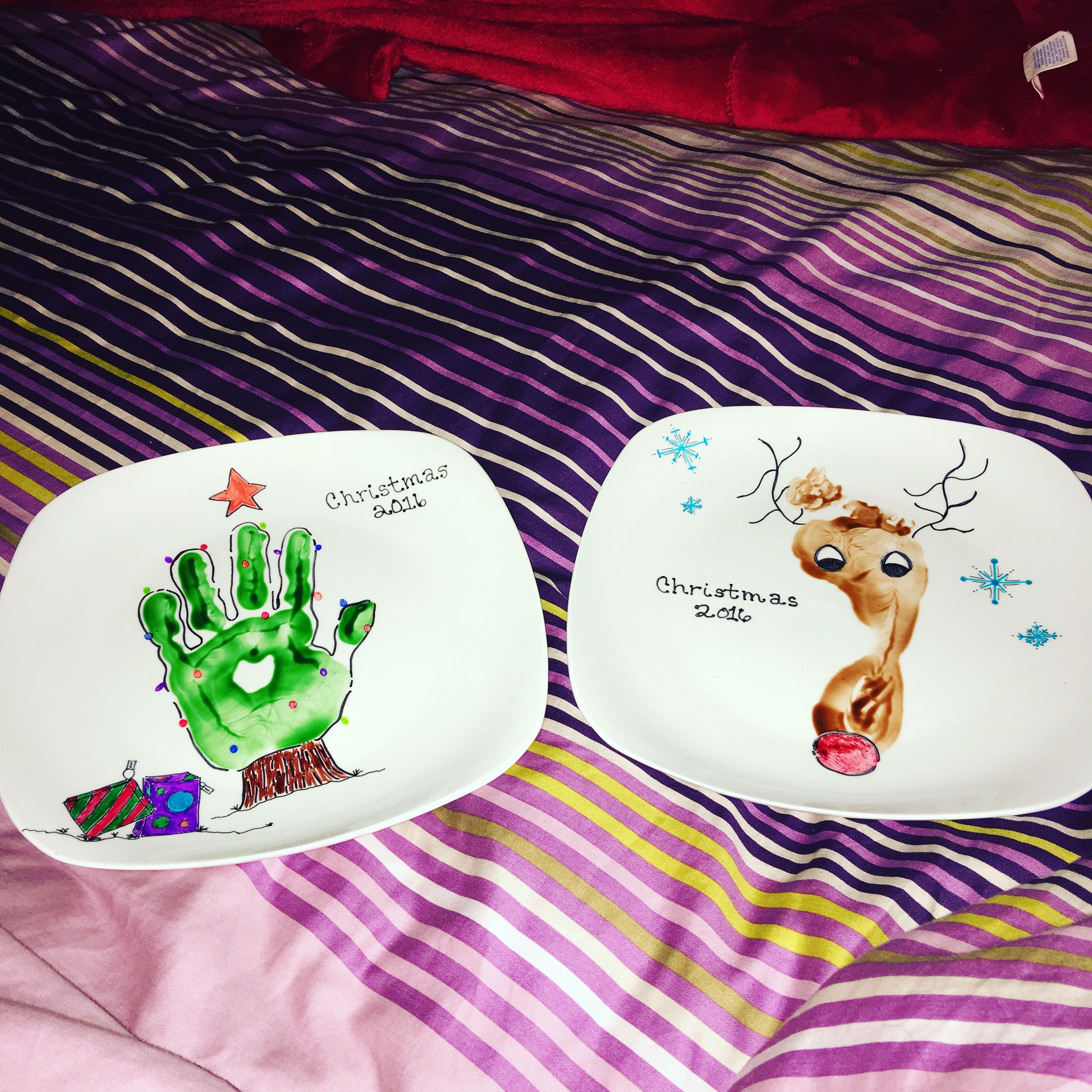Christmas Plates My Kids Dipped Their Hands & Feet Into