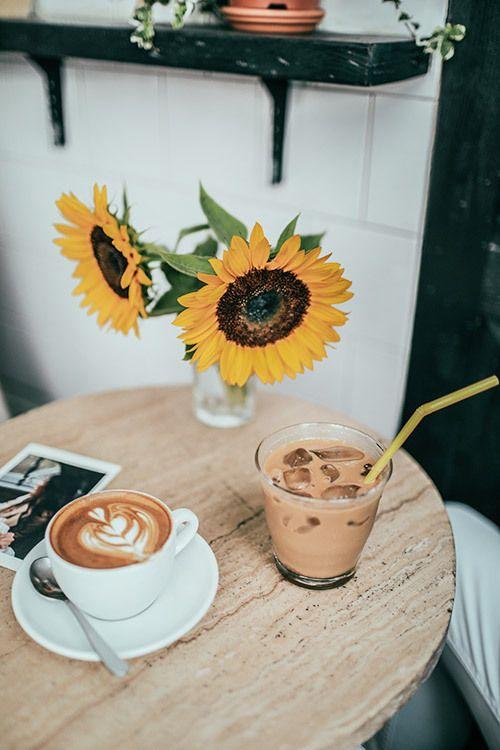 Imagem Descoberto Por Kylie Descubra E Salve Suas Proprias Imagens E Videos No We Heart It My Coffee Shop Coffee Cafe Coffee Branding
