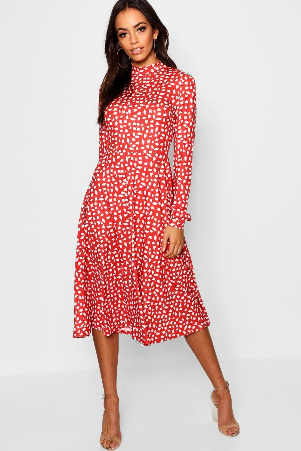 Dresses Are The Most Wanted Wardrobe Item For Day To Night Dressing From Cool Tone Whites To Block Brights We Red Midi Dress Printed Midi Dress Classy Dress [ 1500 x 1000 Pixel ]