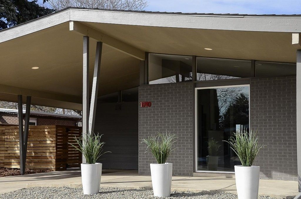 Similar Color To Our Mid Century Modern Home But I Still