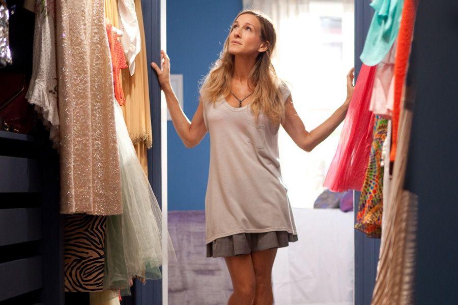 Der Style Von Carrie Bradshaw Zum Nachmachen Alles Rund Um