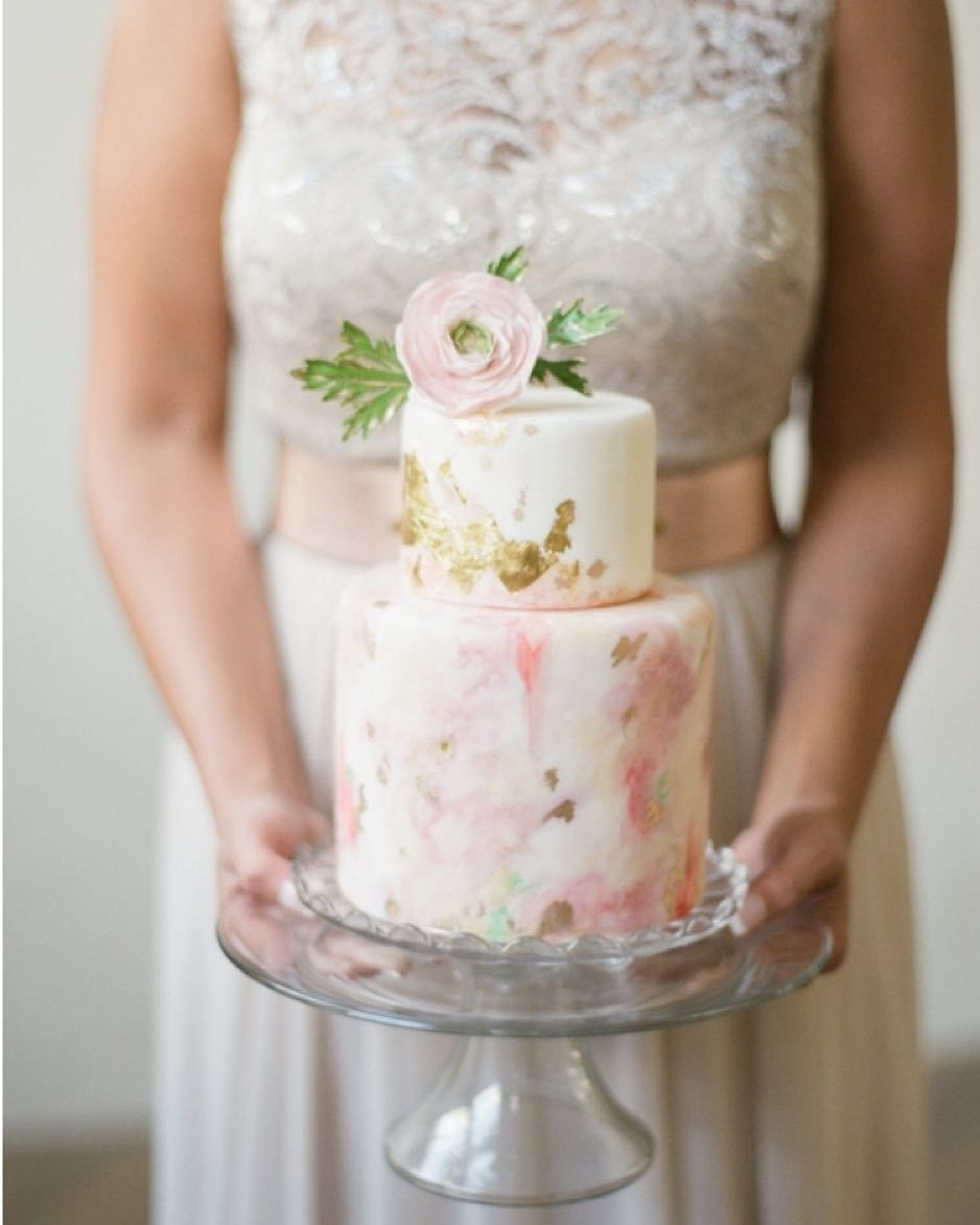 watercolor wedding cakes that will take your breath away